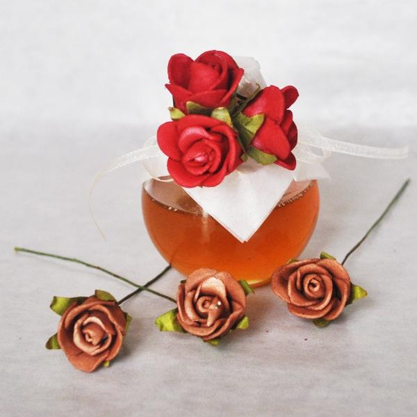 Mini honey Jar decorated with 3 red roses