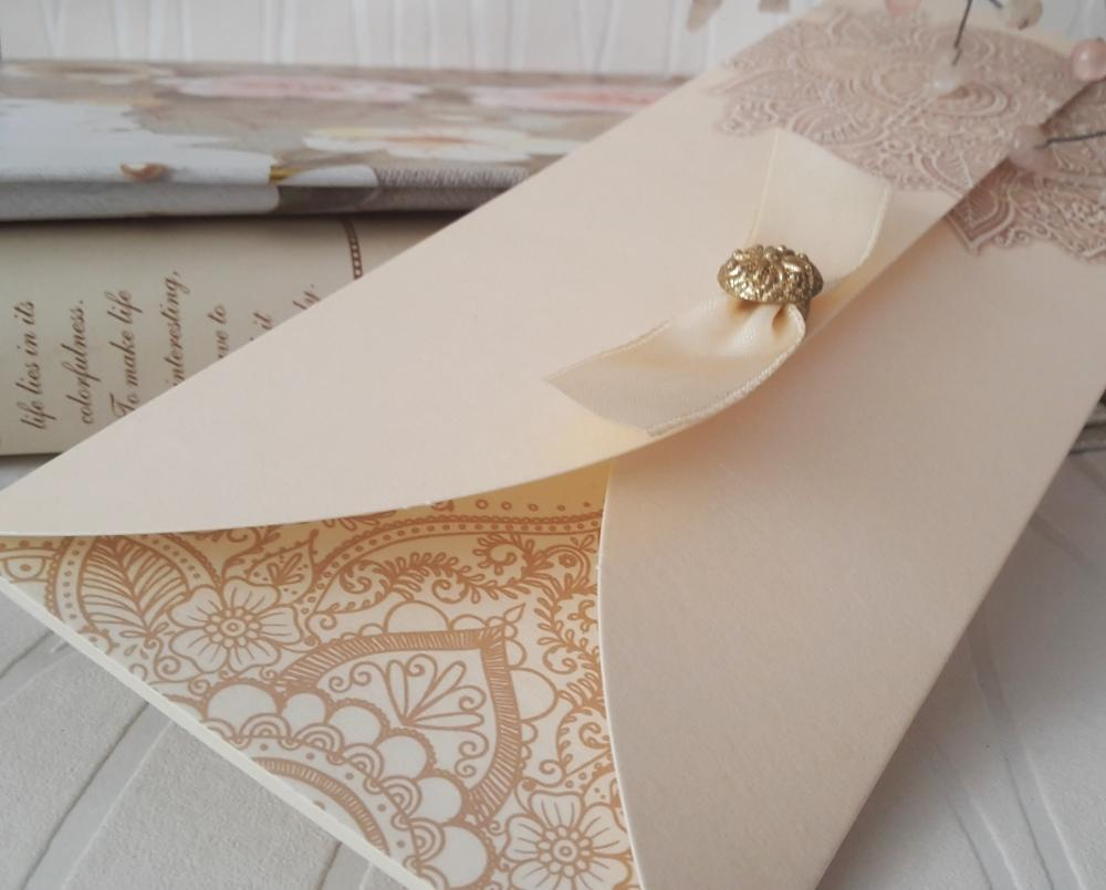 Wedding invitations from pearl paper