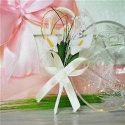 Handmade wedding boutonniere with 3 white flowers - Kalla