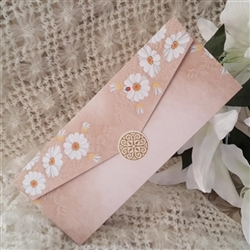 Wedding invitations with daisy prints
